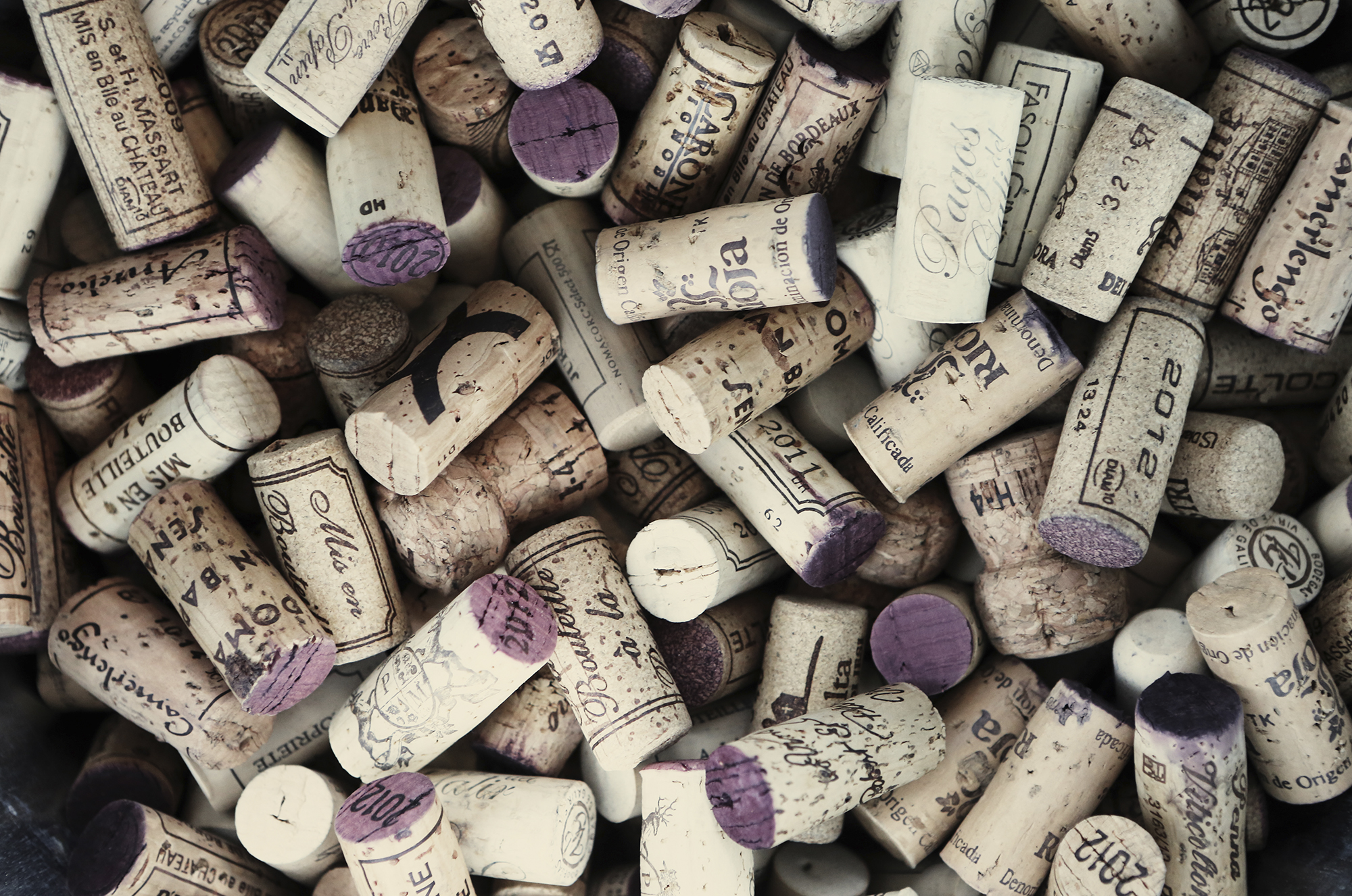 Wine-corks_small